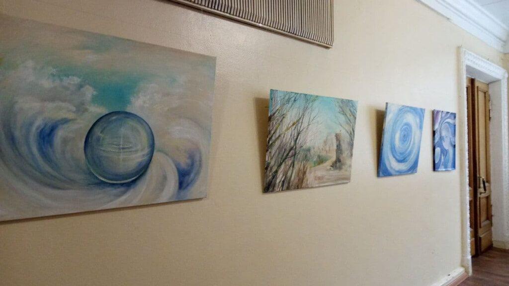 У Конотопі відкрилася виставка викладача дитячої художньої школи, фото-2